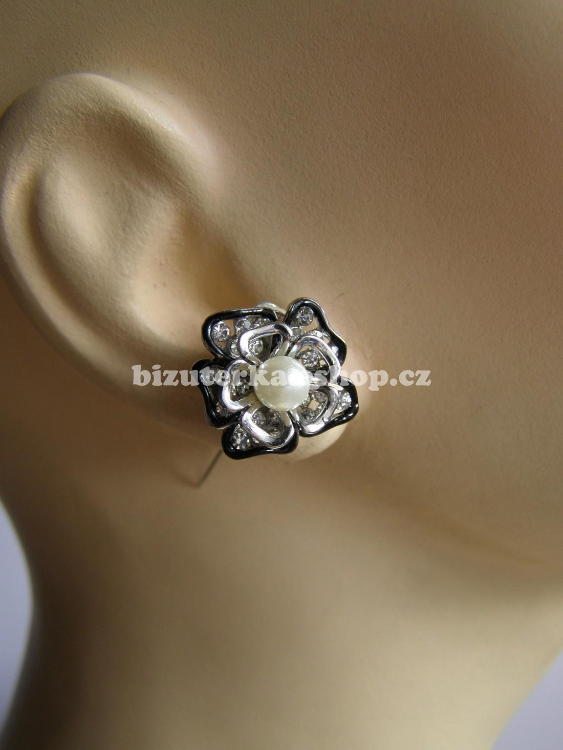 Naušnice klipsy s perlou a kamínky stříbrné BZ-06417 87fab7141a7